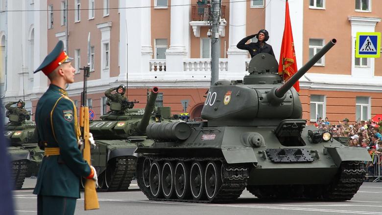 9 мая в Нижнем: парад, Бессметный полк и возложение цветов к Вечному огню